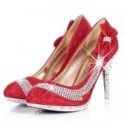 Eleganter runder Closed Toe Bow Tie & Diamant Embelli