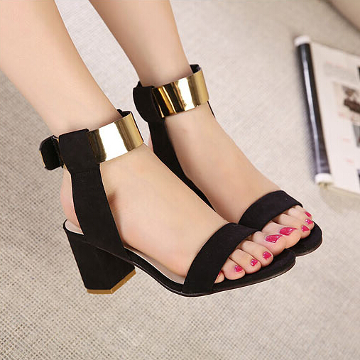 Moda de tacón grueso del tobillo sandalias negras de la PU