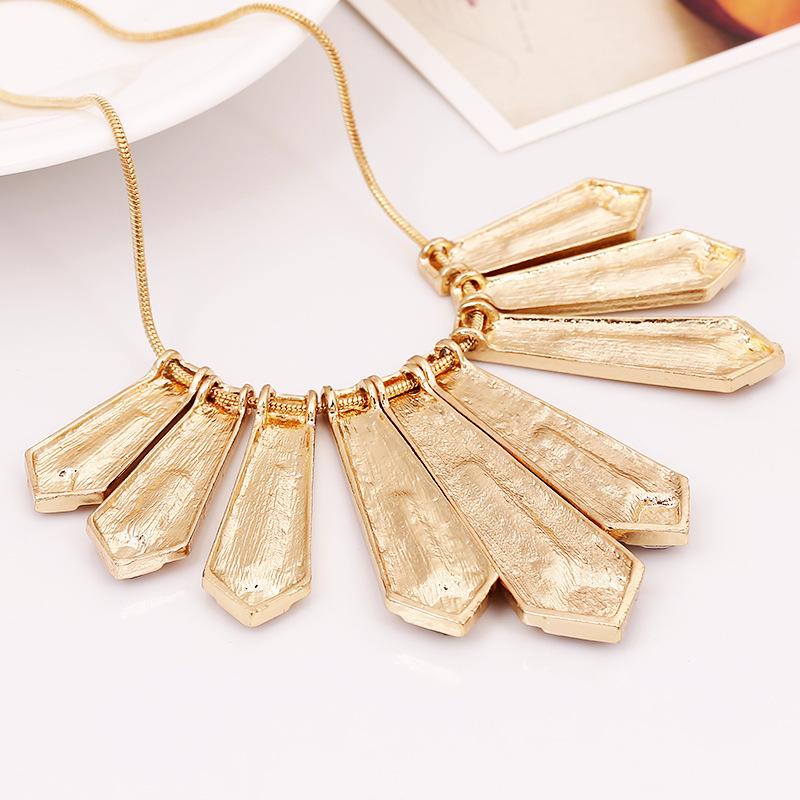 Cheap Fashion Rhinestones Embellished Geometric Patchwork Gold Metal Necklace