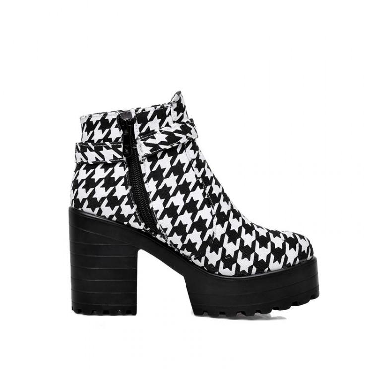 Inverno Toe Rodada zíper design Buckle Patchwork Chunky Super salto alto botas pretas PU tornozelo Cavalier