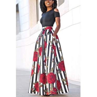 Stylish Round Neck Short Sleeves Rose Printed Qmilch Two-piece Skirt Set