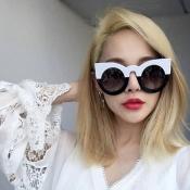 Euramerican Cat's Eye Frame Design White PC Sunglasses