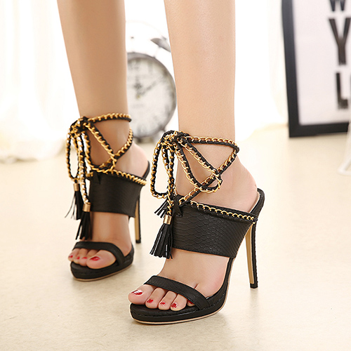 Trendy Point Peep Toe Cadeia Decorativo Stiletto Super High Heel Preto PU Sandálias Sandália