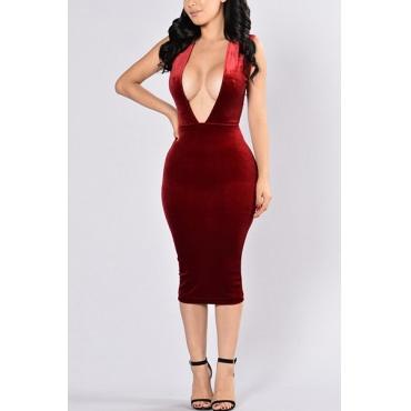 Sexy Deep V cuello sin mangas de espalda rojo terciopelo vaina rodilla vestido de longitud