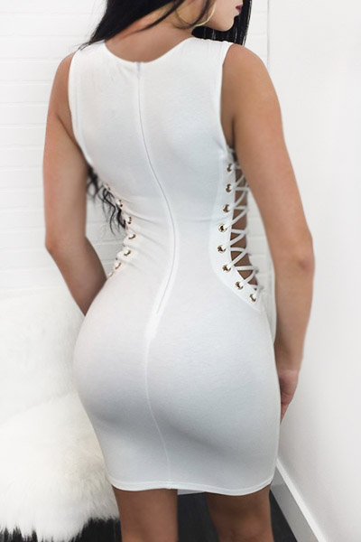 Sexy Round Neck Hollow-out White Healthy Fabric Sheath Knee Length Dress